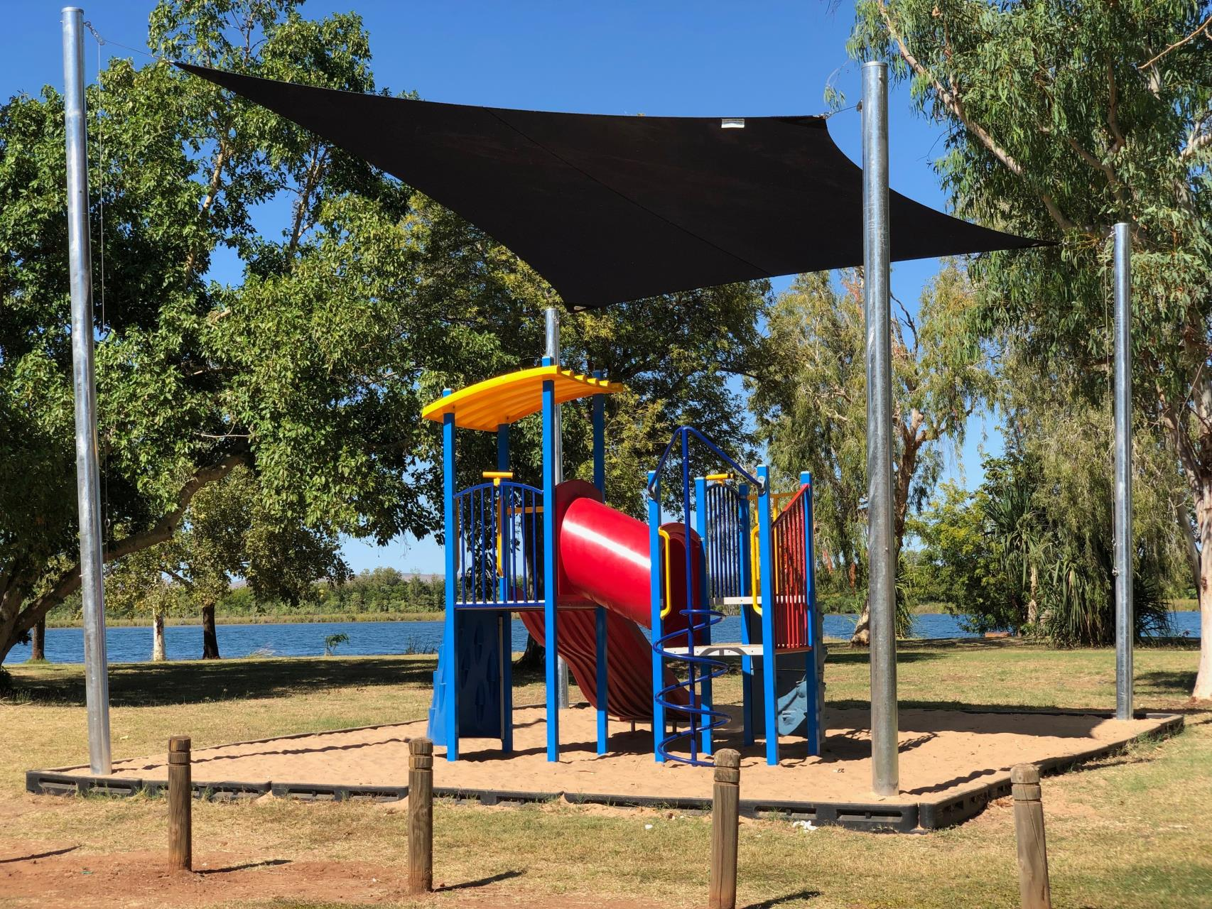 Public playgrounds, outside gyms and skate parks to close 12pm midday today